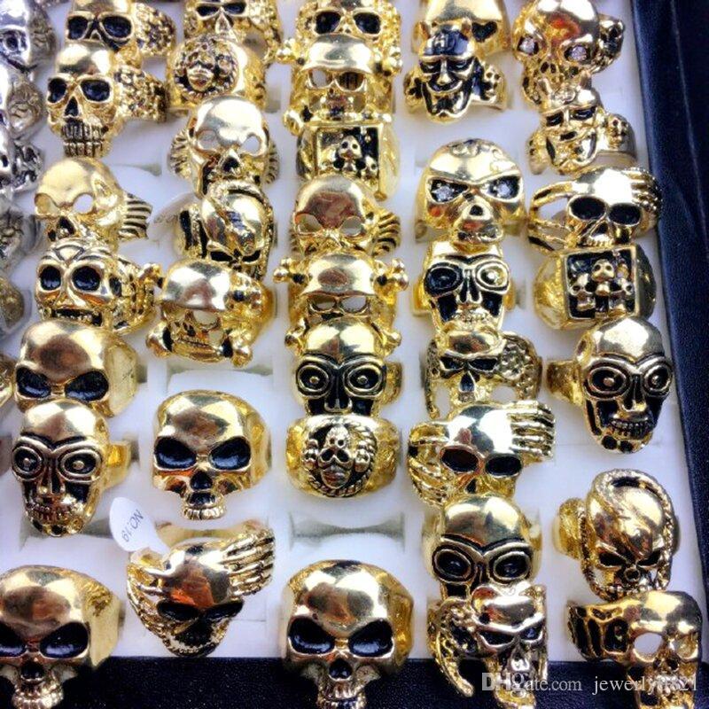 Il più nuovo anello d'argento dei monili della fascia degli uomini del metallo del cranio del cranio dell'annata più nuovo ha formato i colori dell'argento / dell'oro 7-11 lotti all'ingrosso