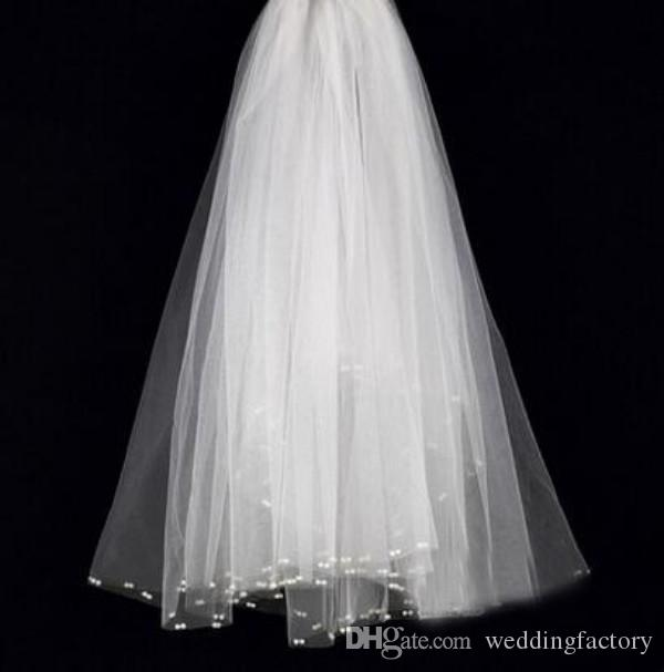 Stunning Newest Bridal Veil Short Soft Tulle Wedding Brides Veils with Exquisite Pearls Cheap High Quality Ivory Bridal Accessories
