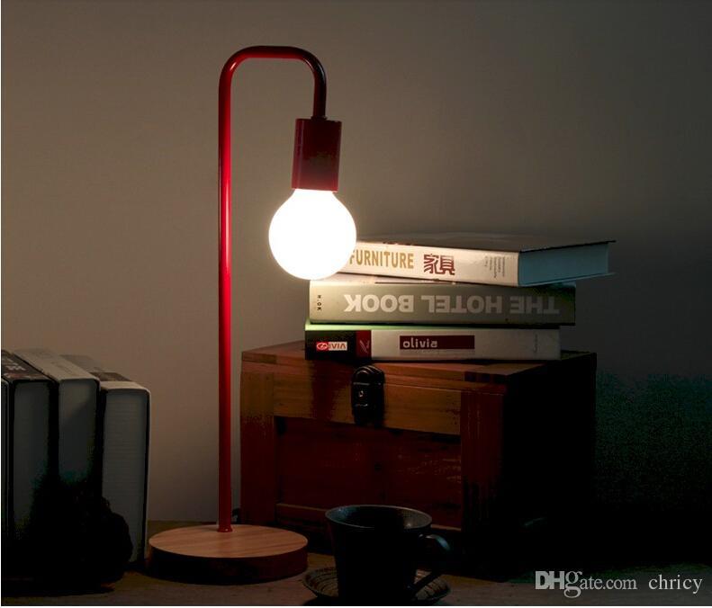 2016 new arrivals criativo Nordic Breve Personalidade colorido Moderna Lâmpada de Mesa Quarto Estudo Luzes de Mesa AC85-265V LEVOU mesa de luz