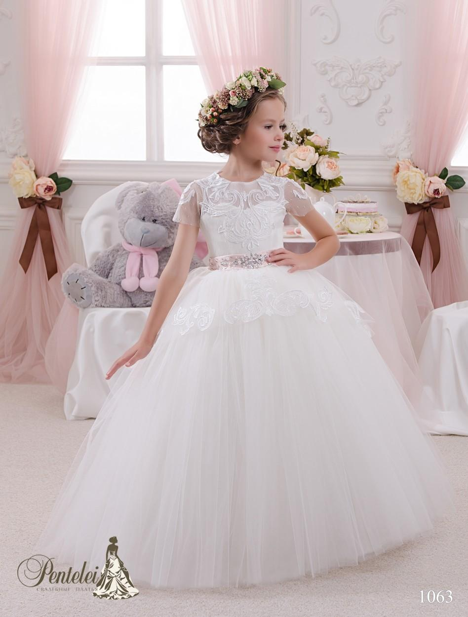cb8308e55356 2016 Mini Brides Dresses With Short Sleeves And Floor Length Lace Appliques  Ball Gown Beautiful Flower Girls Gowns With Beaded Pink Ribbon Flower Girl  ...