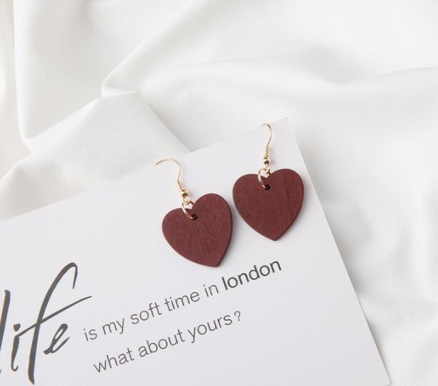 Orecchini in legno New Simple Heart vino rosso in legno Amore orecchini a clip retrò simpatici orecchini a gancio lunghi