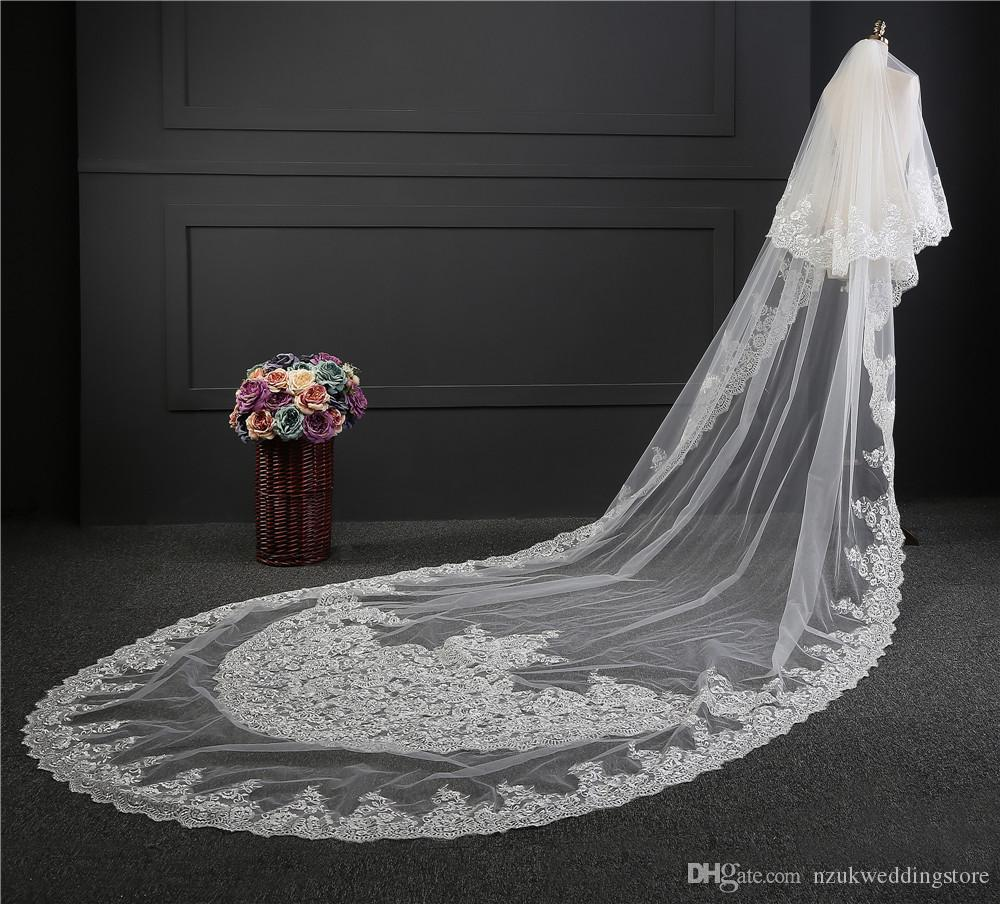 New Luxury Bridal Veils 3.5 Meters Long Lace Edge 2T Appliques Covered Face Layer Rounded Wholesale Price Veil with Comb