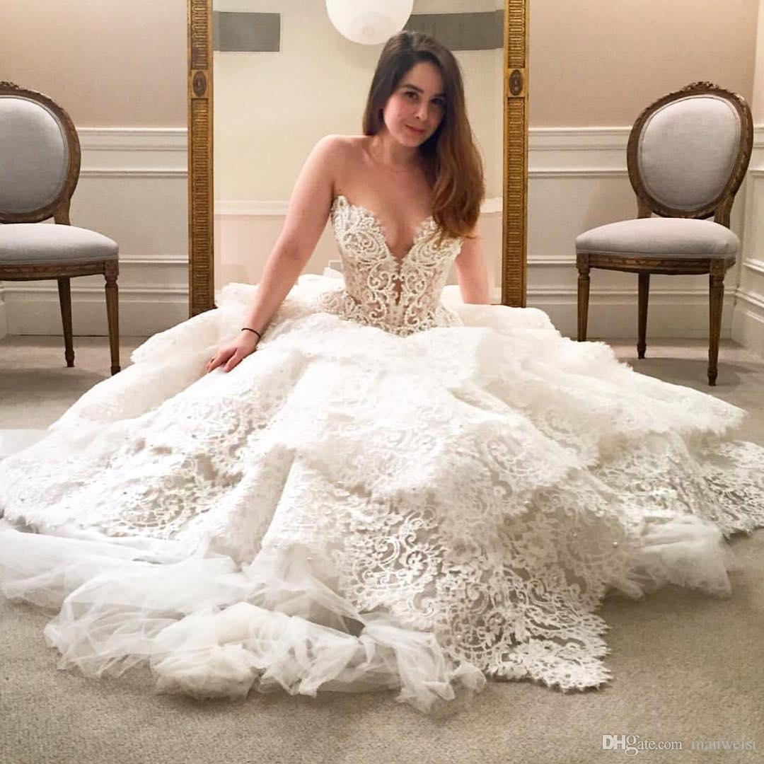 Rendas de luxo 2018 Vestidos De Noiva Frisado Pérolas Em Camadas Querida Backless Vestidos De Noiva Sweep Trem Pnina Tornai Plus Size Vestido De Noiva