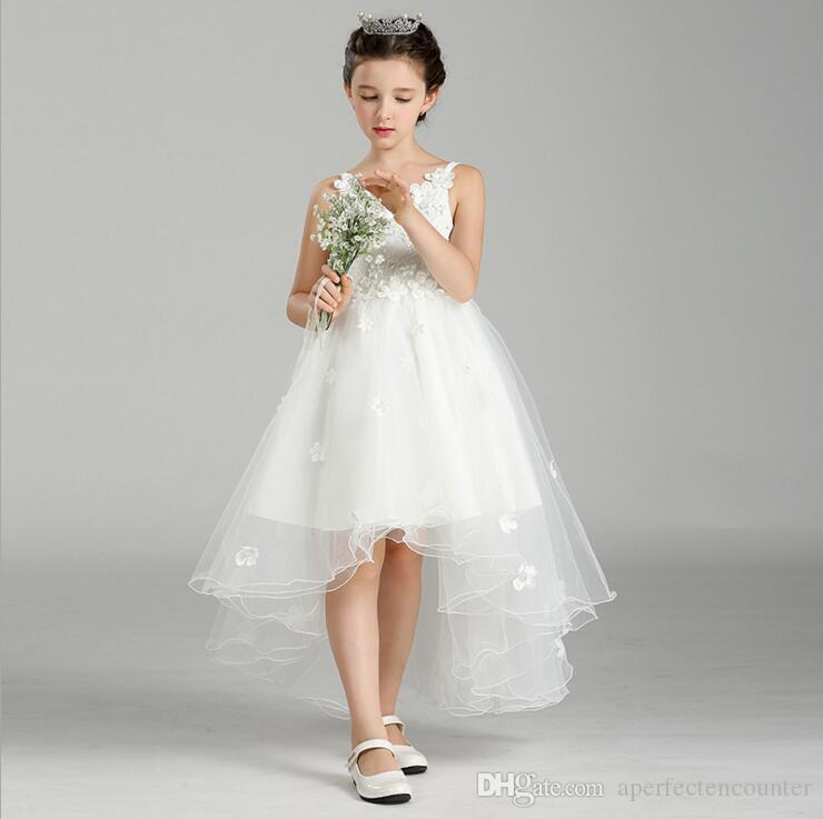 Are The White Lace Applique Shoulders With Bride Wedding Flower