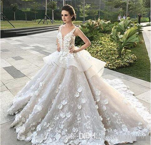 2017 Luxury Princess Lace Ball Gown Wedding Dresses Plunging V Neck Straps Puffy 3d Floral Gorgeous Bridal Gowns Red Sexy Dress