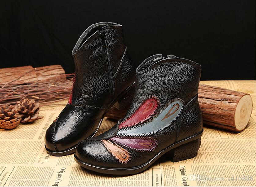 Hot selling Handmade Flowers genuine leather shoes winter ankle boots 2018 new fashion shoes woman boots rough with Retro Martin boots