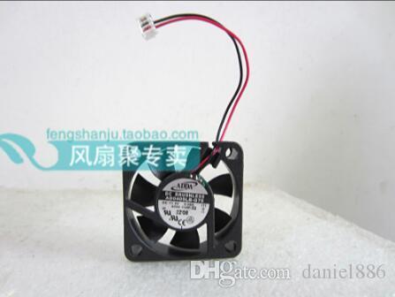 العلامة التجارية الجديدة الأصلي 4CM ADDA 4010 AD0405LB-G70 40 * 40 * 10MM 5V0.08A 2 سلك مزدوج الكرة مروحة صامتة التبريد