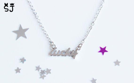 10 UNIDS- B046 Pulsera Sencilla Lucky Word Tiny Estampado Lucky Letters Pulsera Pulseras de Buena Suerte para los mejores amigos regalos