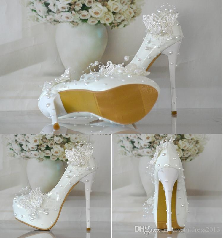 Beautiful Butterfly Wedding Shoes Bride Pearl Lace Picture Taken The Bridesmaid Elegant Dress
