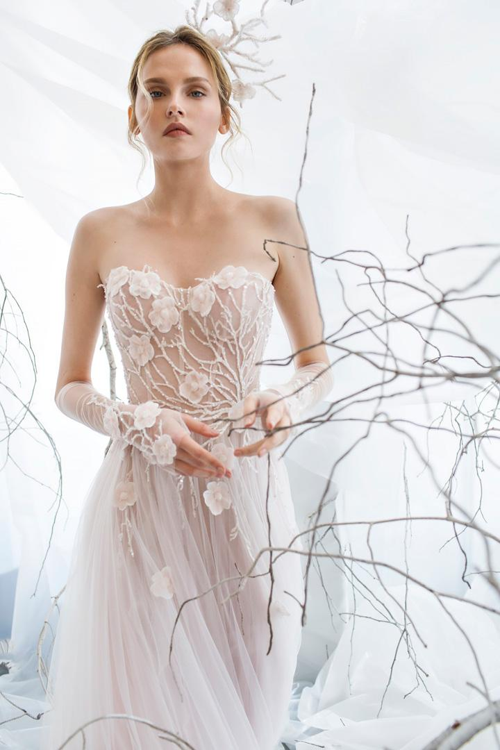 Discount Mira Zwillinger Spring 2017 Arabian Beading Wedding Gowns Strapless Tulle 3d Floral Illusion Bridal Dress Middle East Dubai Dresses