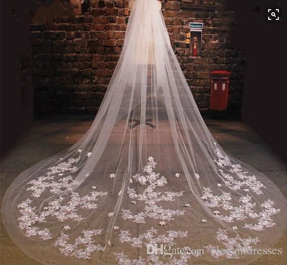 2021 Toptan Gelin Veils Stilleri Tül Düğün Veils Dantel Boncuklu Uzun Aksesuarları