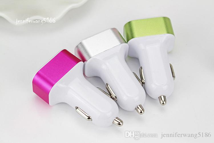 하루에 배송! 핫 세일 새로운 3 포트 자동차 충전기 USB 유니버설 DHL과 휴대 전화 무료 배송