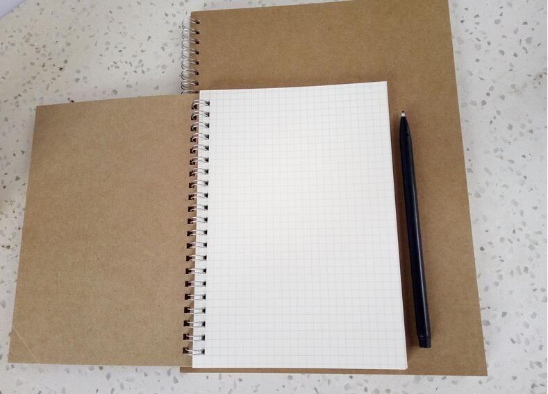 Cuaderno de papel kraft cuadriculado diseño de dibujo de dibujo animado libro de papel bocetos de cuadernos de dibujo pintura arte Libro promocional regalo
