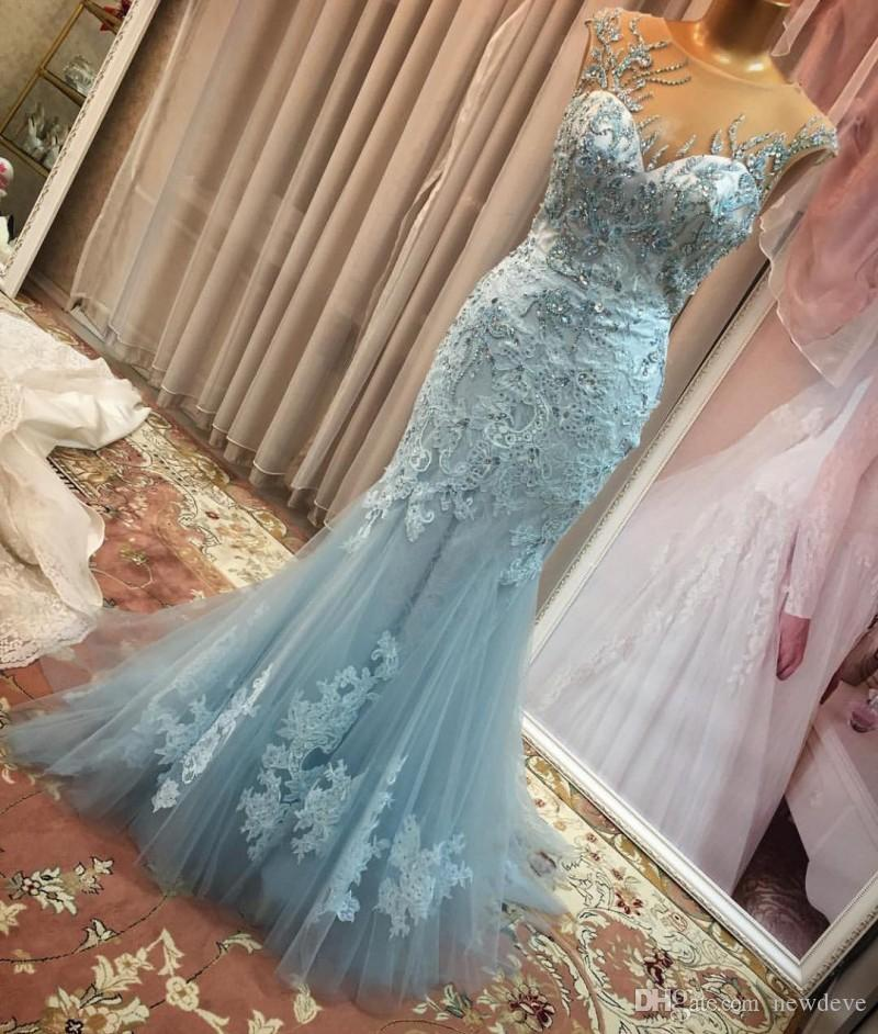 Graceful Sky Blue Mermaid Kleider Partyabend Sheer Neck Vestidos De Fiesta Spitze Kristalle Illusion Abendkleid