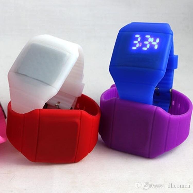 Желе Конфеты Силиконовые Цифровой Мягкий LED Сенсорный Ультратонкий Часы Кварцевые Часы Чувство Экран Часы Fahion Спортивные Часы