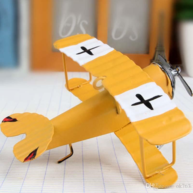 Spedizione gratuita Vintage Metallo Aereo Modello Iron Retro Aerei Aliante Biplano mini Aereo Giocattolo Modello Di Natale Decorazione Della Casa 36 pz / lotto