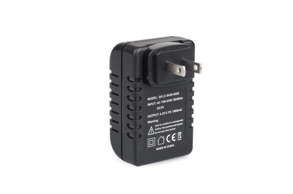 1080 P HD Plug WIFI Wireless Mini Plug Camera Mini Video Camcorder LED pequeño sensor de luz de noche control de la luz del enchufe del enchufe del zócalo Cámaras 220V