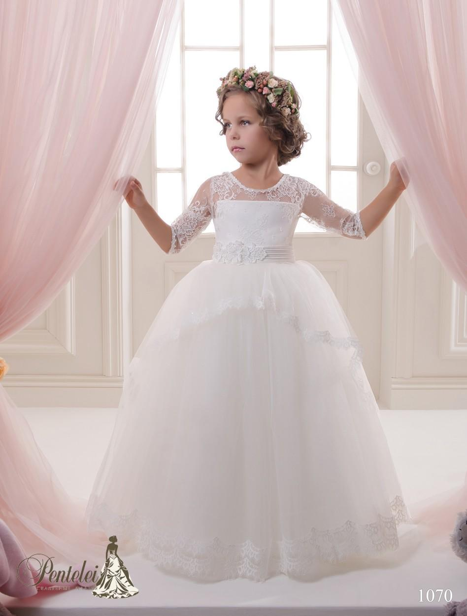 2016 Princess First Communion Dresses for Girls with Half Sleeves and Flowers Sash Tulle and Lace Beautiful Flower Girls Gowns Custom