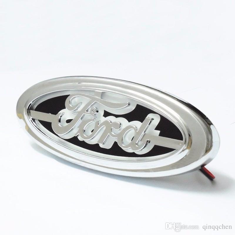 Ford FOCUS 2 için 3 MONDEO Kuga Yeni 5D Oto logo Rozeti Lambası Özel modifiye araba logosu LED işık 14.5 cm * 5.6 cm Mavi / Kırmızı / Beyaz