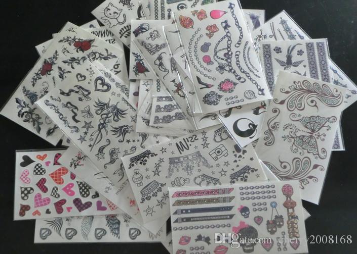 100 Stücke 9,5 * 17 cm Große Großhandel Mischtyp Temporäre Tattoos Mode Wasserdichte Körper Tattoo Aufkleber mischungsauftrag