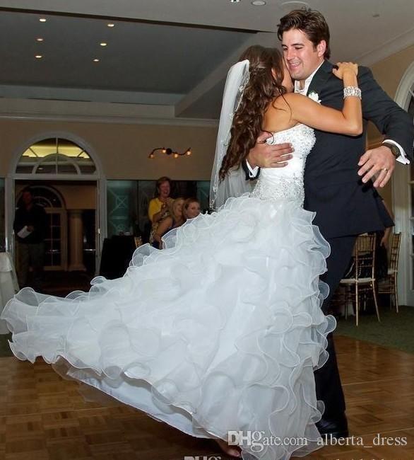 Bling Sweetheart Ball Adject Свадебные платья Органза Свадебное платье Свадебное платье Кристалл Бисером Настоящие свадебные платья кружев на спине