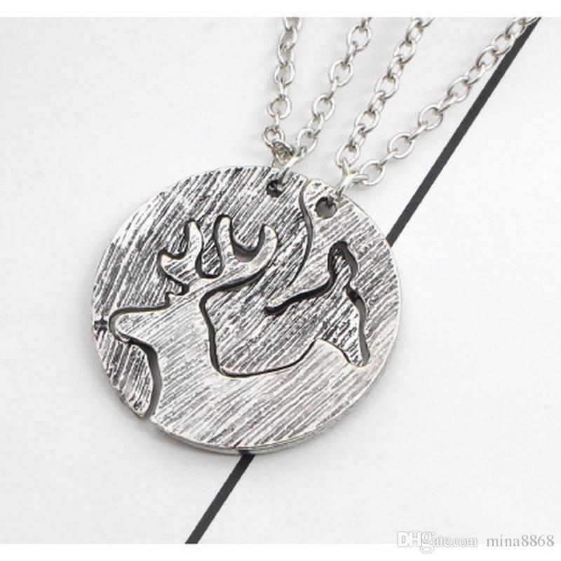 Antique Silver Tone Round Hollow elk stitching necklace for girls trendy creative round pendant girlfriends lovers gifts