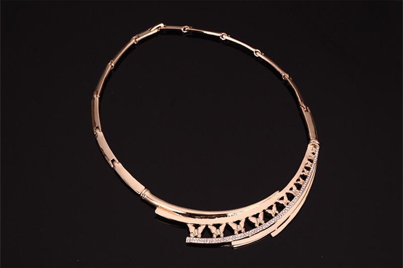 Ohrringe Halskette Armband Ring Schmuck Set Elegant Luxus Strass 18K Gold Überzogener Schmetterling Alloy Party Schmuck 4-teiliges Set JS202
