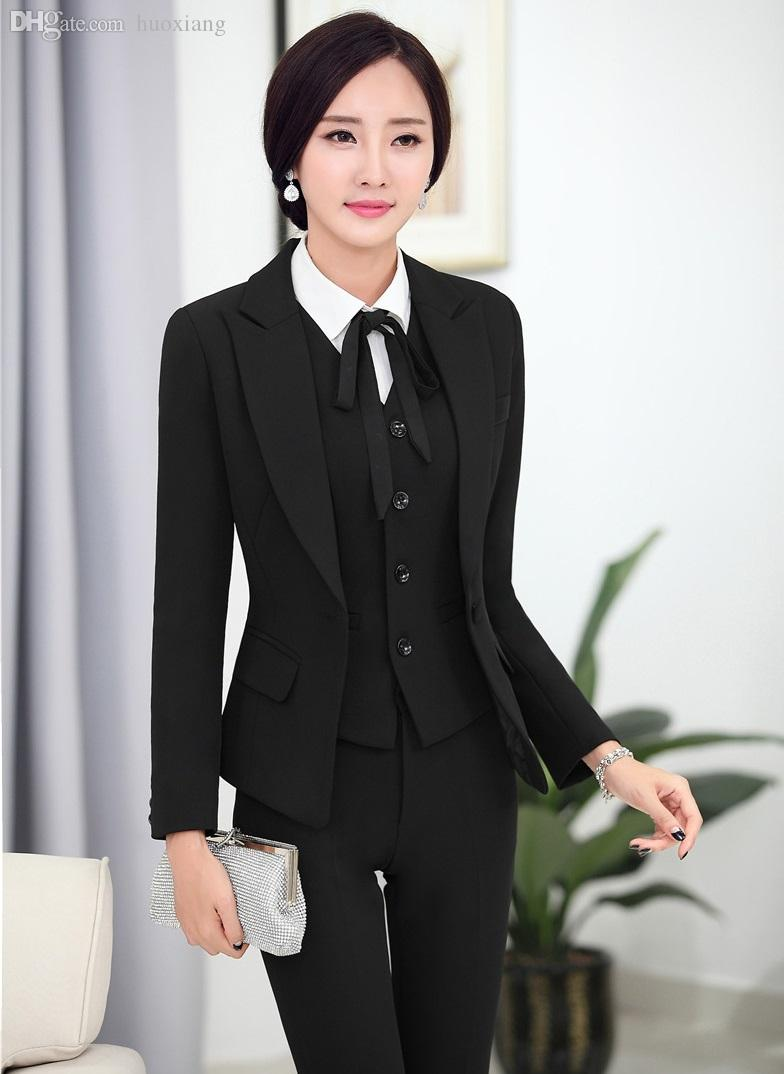 Our suggestion of Women Tuxedos created using our product designer. Our Custom Tuxedos are perfect for any formal occasion like weddings or prom. All Sumissura products are hand-made according to your body measurements. Pick an already designed Women's Tuxedo or design yours from scratch here: Women's Tuxedo Suits.