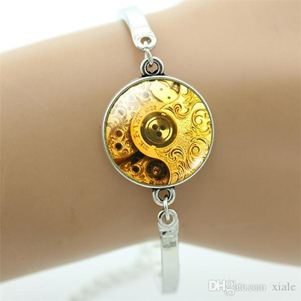 Handmade accessories Camera Mode bracelet for Photographers vintage punk eomer clock gears art picture jewelry B136