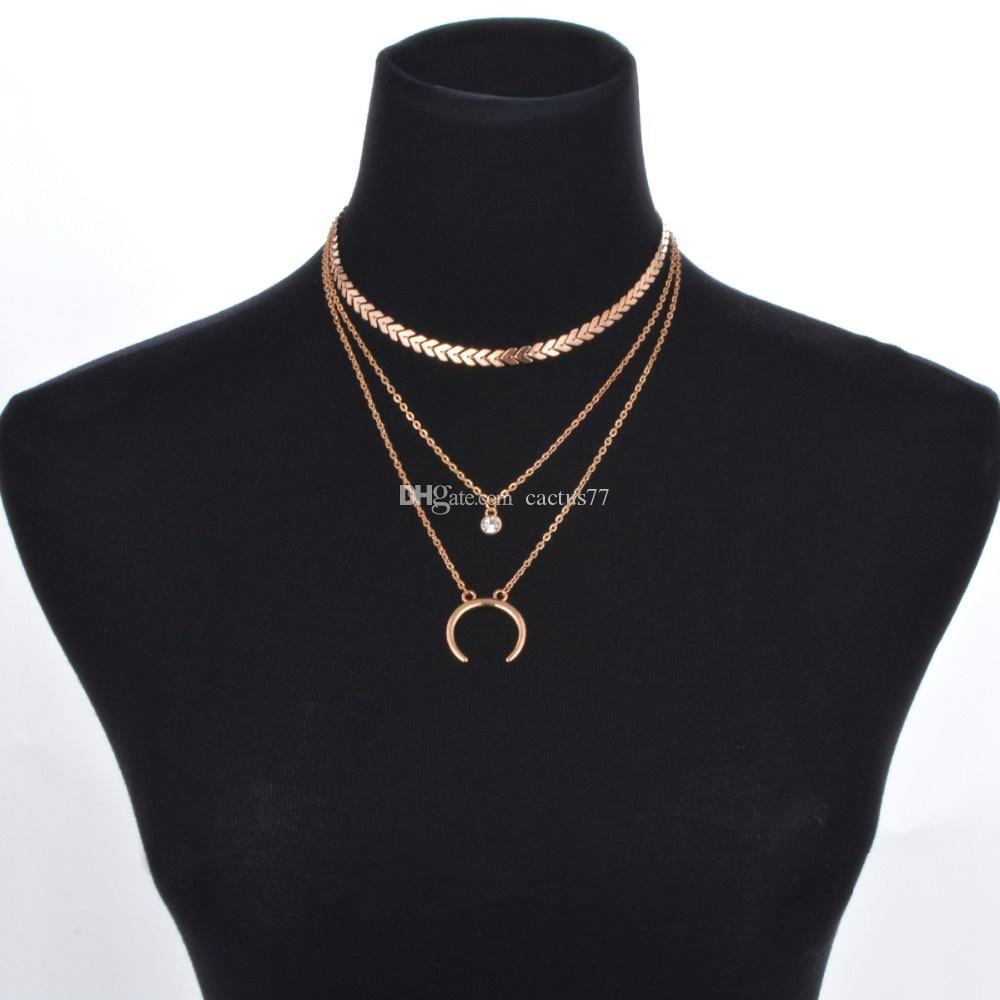 New Punk Horn Multilayer Choker Moon Rhinestone Pendant Necklace for Women Fashion Metal Arrows Sequins Jewelry