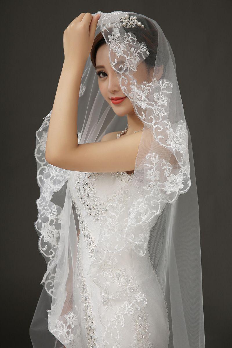 Voiles de mariée Champagne Dentelle 1T 3M Mariage Voiles Occasion formelle Applique Chapelle Longueur sur mesure Voile de mariée