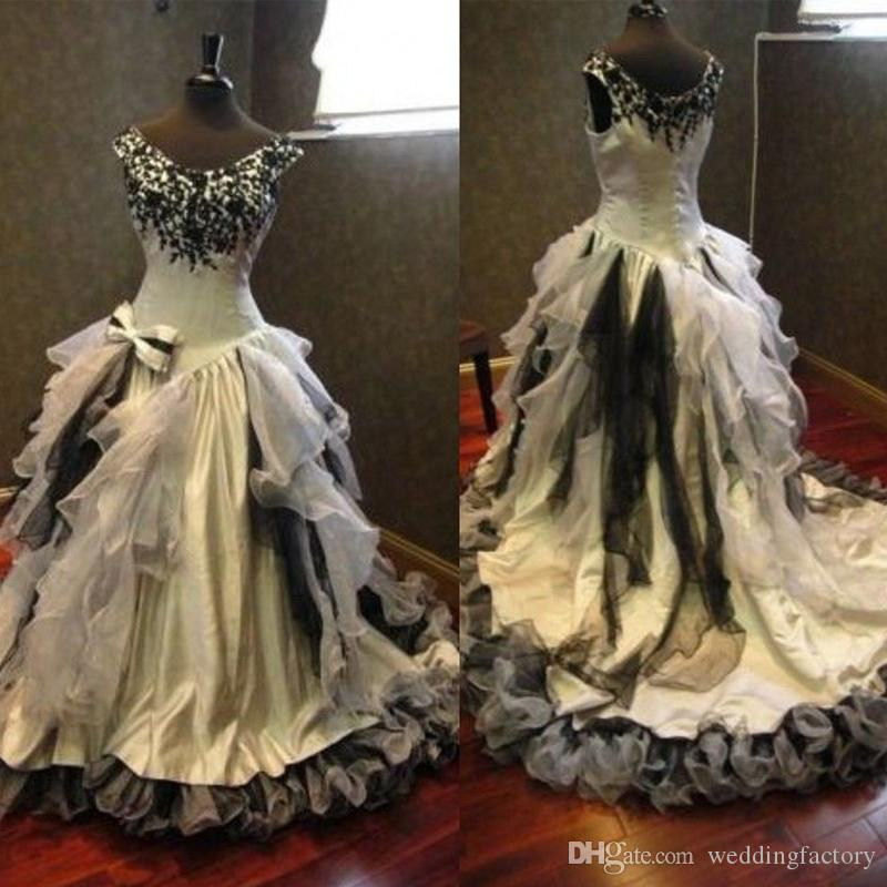 Discount 2017 White And Black Cream Vintage Gothic Wedding Dress Halloween Scoop Sleeveless Beaded Lace Appliques Ruffles Bow Bridal Gowns Gown For