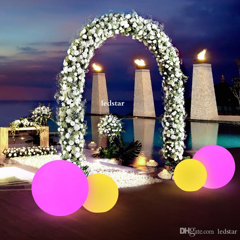 7 Farbe RGB LED, die magische Kugel schwimmt, führte belichtete Swimmingpool-Kugel-Licht IP68 Möbel-Stab-Tischlampen im Freien mit Direktübertragung
