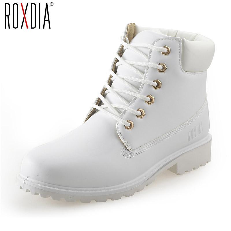 4ae8d3dab6 Compre Otoño Invierno Mujeres Botines 2017 Moda Mujer Blanco Negro Botas De Nieve  Para Niñas Señoras Zapatos De Trabajo Botines Femeninos A  24.68 Del ...