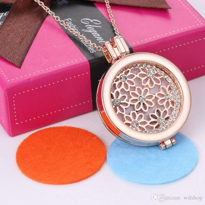 Rose Gold Flower Shape Aromatherapy Jewelry 3 Styels Essential Oil Diffuser Floating Hollow Locket Pendant Necklace With Rhinestone