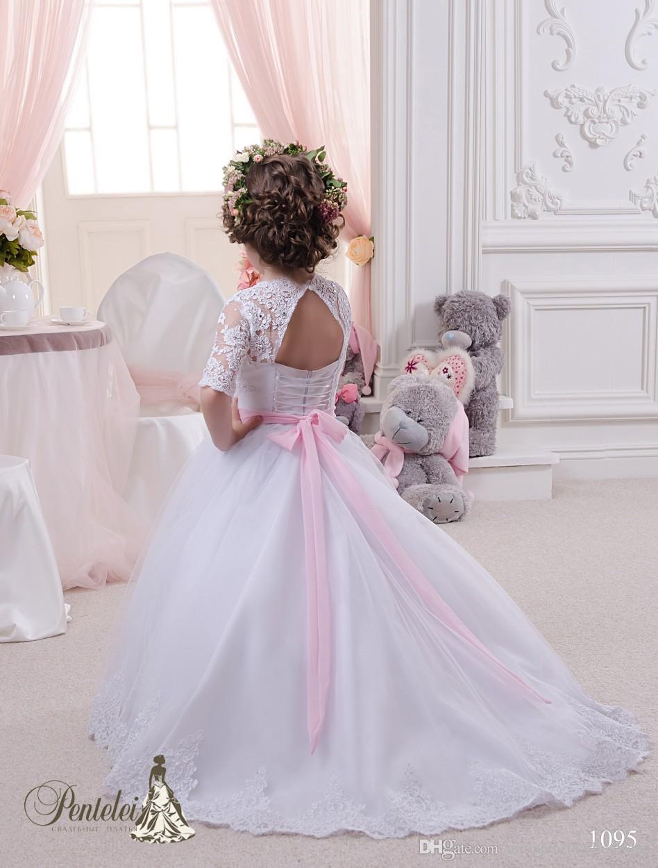 2016 Miniatura Noivas Vestidos com Mangas Meias e Laço Rosa Arco Apliques Frisado Tule Vestido De Baile Flor Meninas Vestidos com Rendas Para Cima