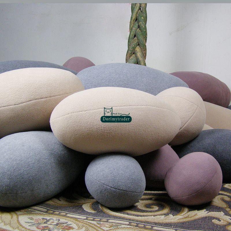 Dorimytrader 패션 DIY 조약돌 쿠션 룸 장식 거대한 에뮬레이션 스톤 모양 베개 어린이 놀이 장난감 5 색 dy61089