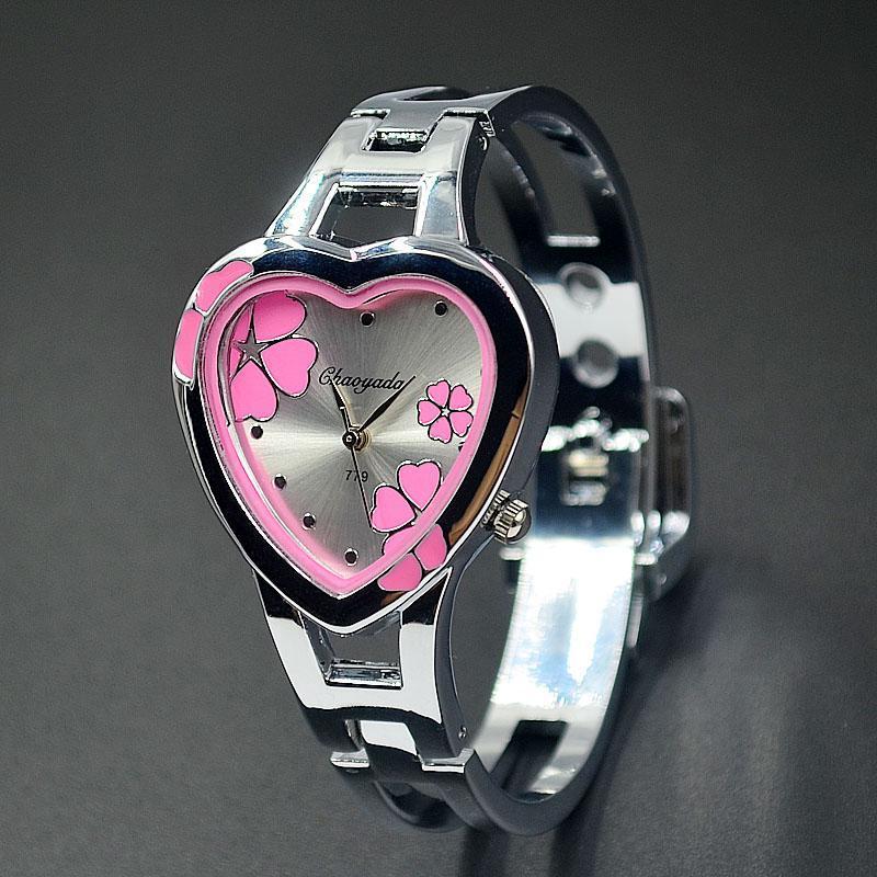 Fashion Women Girl Chaoyada heart-shaped flowers style dial full Stainless steel Bracelet Wrist Watch 779