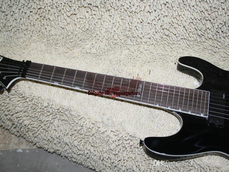 Custom Shop Black 7 Cuerdas Guitarra Eléctrica de una pieza, cuello Very Beauty Tremolo device Guitarras 7 cuerdas