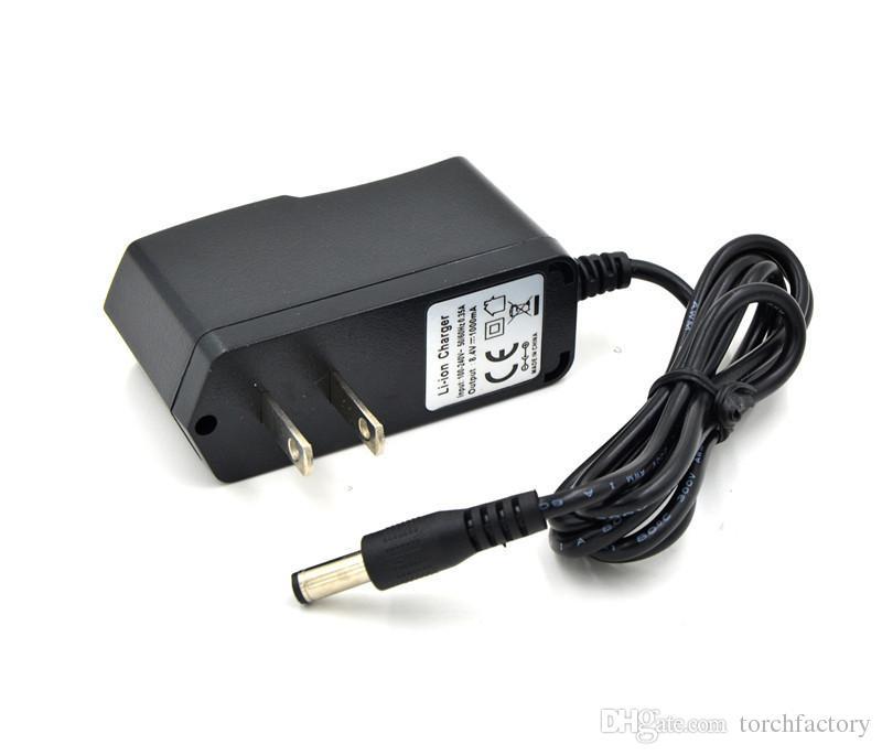 4000 루멘 사이클링, 야외 + 6400mAh 배터리 팩 + 충전기에 대 한 3 x 크리 어 XM-L T6 LED 자전거 자전거 빛 HeadLight HeadLamp
