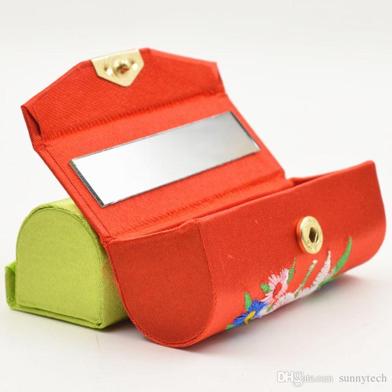 خمر النمط الصيني الديباج مطرزة الإناث أحمر مربع التجميل حالة المكياج مرآة الزفاف تفضل الزفاف والهدايا ZA1335