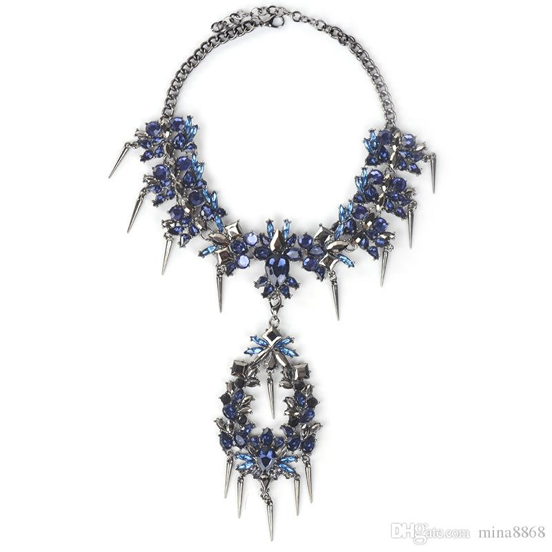 Sexy Luxury Crystal Chokers Necklace&Pendant Party Engagement Boho Multicolored Women Statement Necklace Exaggerated Rivet Floral Collar