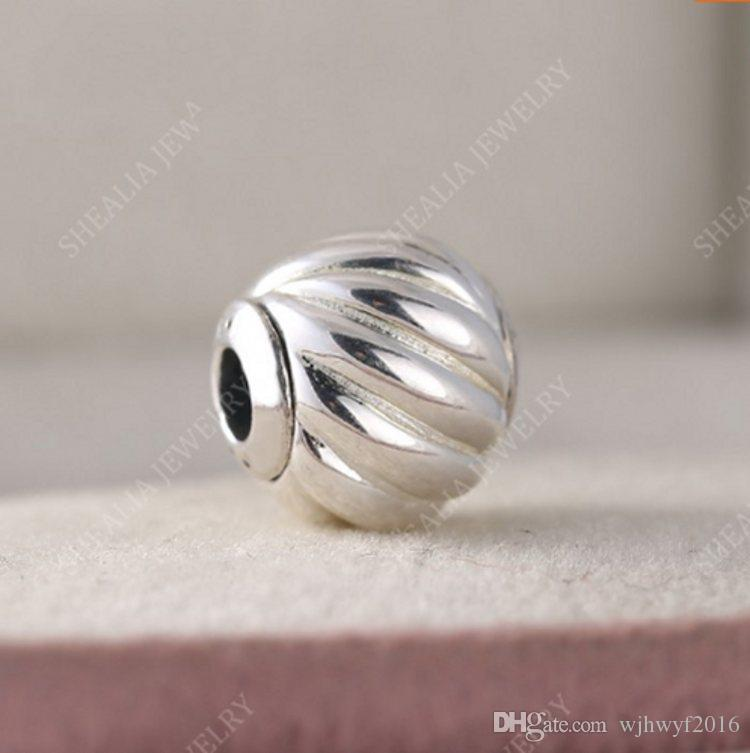 Jewelry & Accessories 2018 Authentic 925 Sterling Silver Red Holiday Ball Pendants Charm Beads Fit Pandora Bracelet Diy Making Gift Women Jewelry Superior Materials