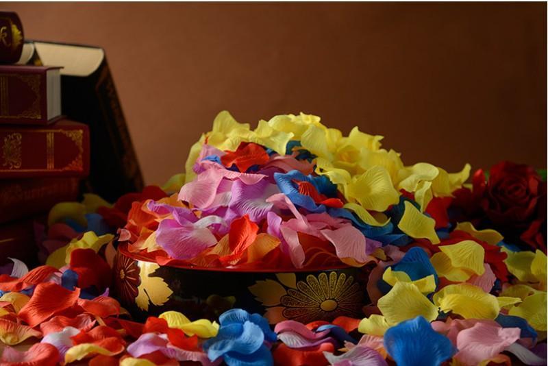 2016 es artificiales de seda Rosa flor pétalos boda cama decoraciones confeti compromiso celebración decoración de la boda decoración