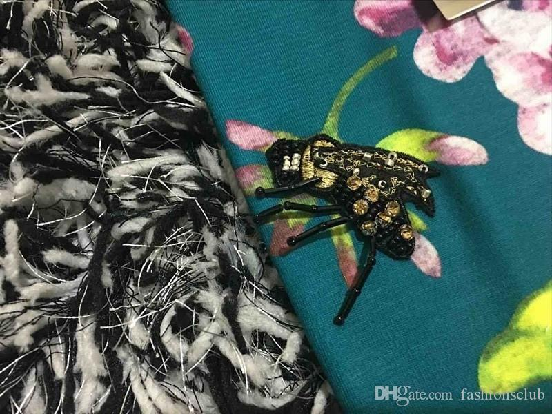 2016 أزياء المرأة التي شيرت مصمم العلامة التجارية الخرز القمصان النحل المسك طباعة القمصان سليم تي شيرت الأعلى جودة الشحن المجاني