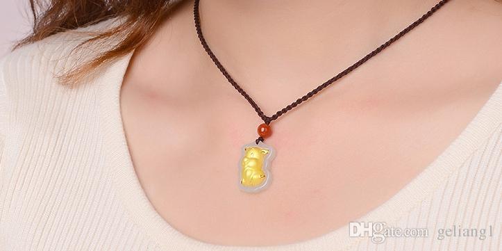 Ouro embutido jade amuleto constelação colar e pingente porco dos desenhos animados