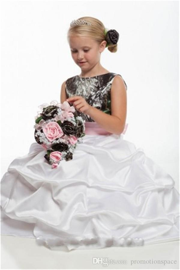 2016 New Cheap Camo Flower Girls Dresses for Weddings Pick-up Ruffles Country Style Kids Wedding Dress with Pink Sash