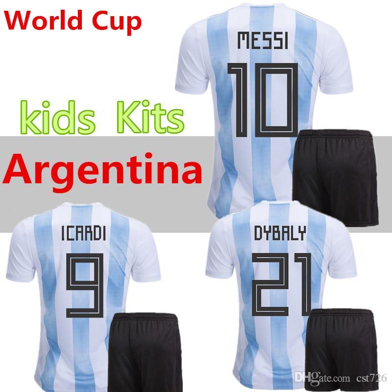 Compre Argentina Niños 2018 Jersey De Fútbol 2018 Argentina Kit Jersey  Inicio DYBALA Camiseta De Fútbol Messi Aguero Di Maria Uniforme De Fútbol Niño  NIÑOS ... a9e9466b26d68