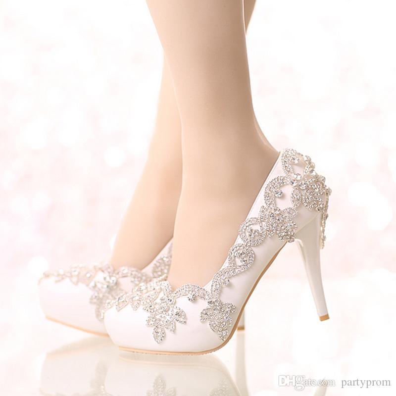 Изысканный горный хрусталь свадебные туфли острым носом и круглый носок платформы белый цвет свадебные туфли с серебряными стразами выпускного вечера насосы