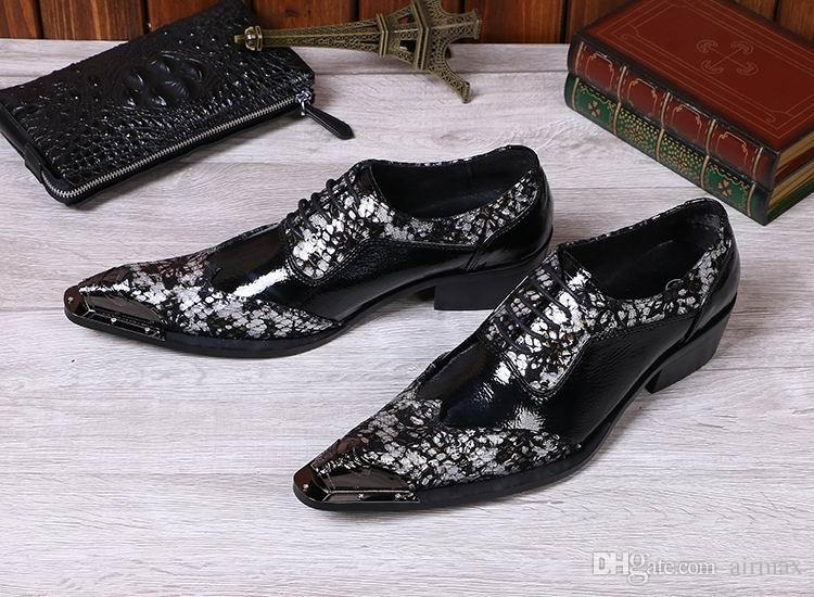 개인 럭셔리 남자 블랙 비즈니스 레저 가죽 신발 패션 디자이너 금속 발가락 레이스 최대 Brogue 신발 Hombre Zapatillas